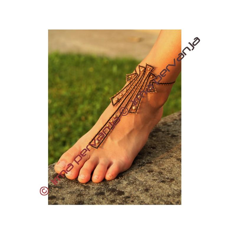 139502 - Disegno per sandali a piedi nudi