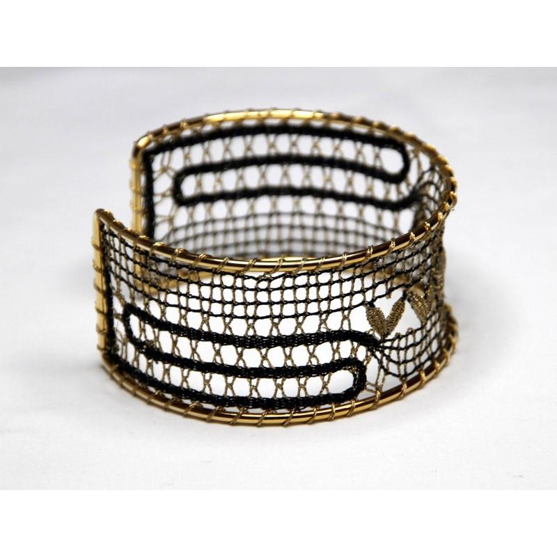 140202 - Pattern for bracelet - 3 x 18 cm