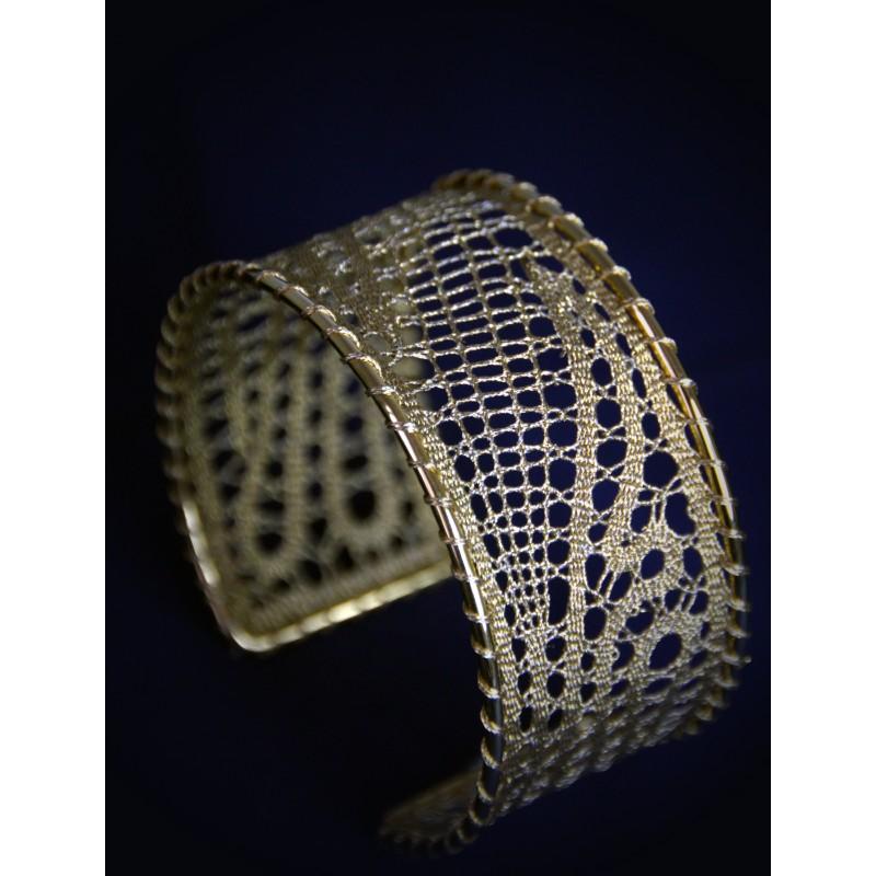 140207 - Pattern for bracelet - 3,5 x 18 cm